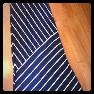 Navy and white pencil skirt